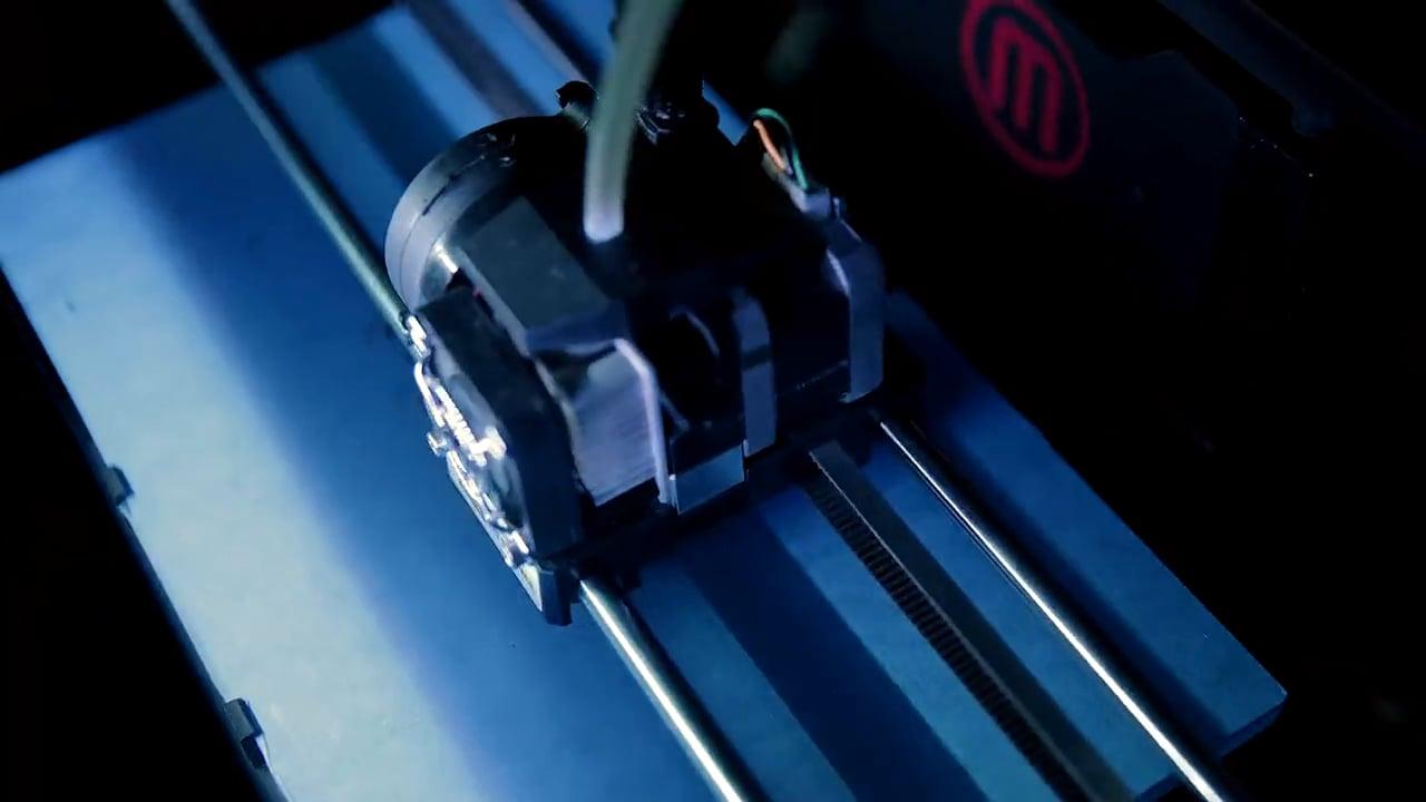 PORSCHE: 3D Printed Macan Models